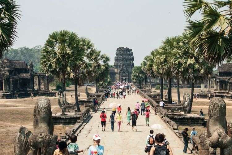 Touristen am Angkor Wat