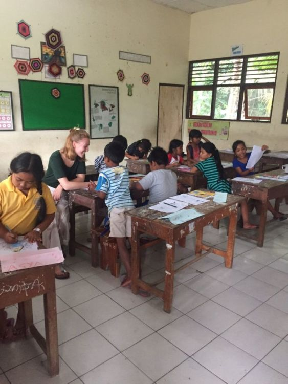 AIFS Volunteer Travel