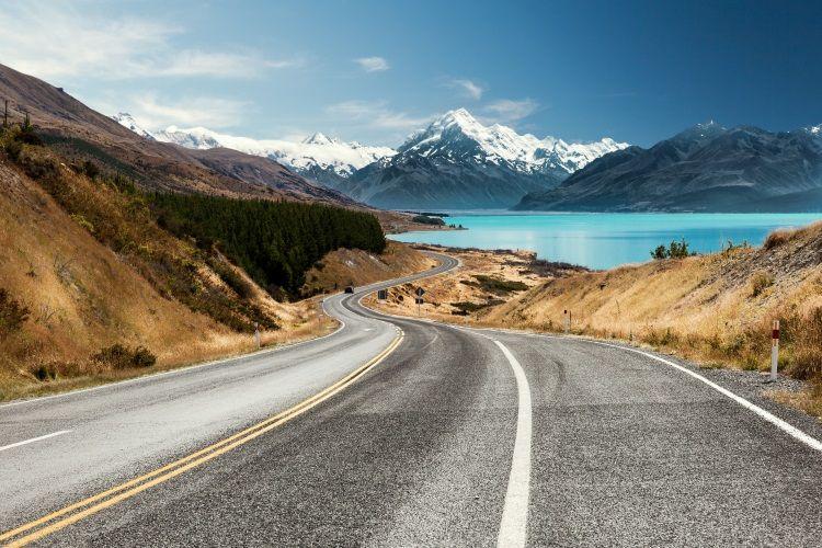 Straße Richtung Mount Cook