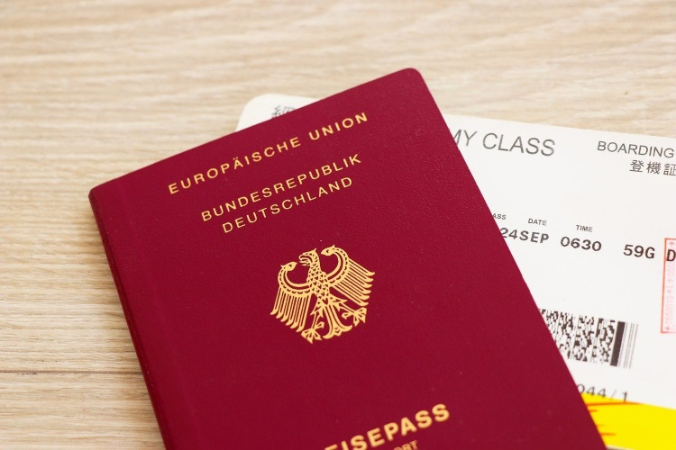 Reisepass mit Boarding Pass