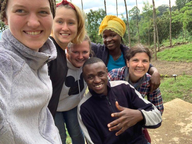 Tanja als Volunteer in Tansania