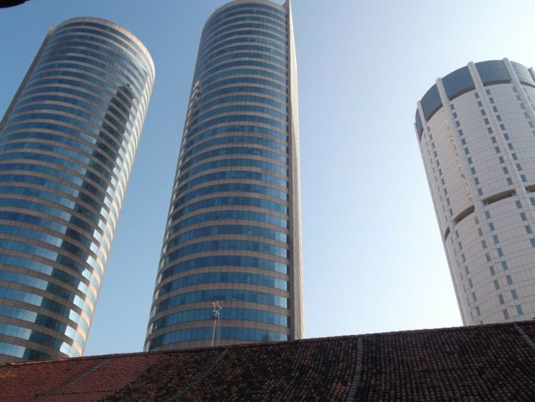 colombo_skyscrapers-255408_1920