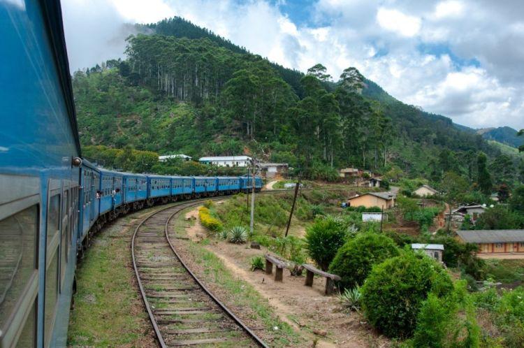Zug fahren in Sri Lanka - ein MUSS
